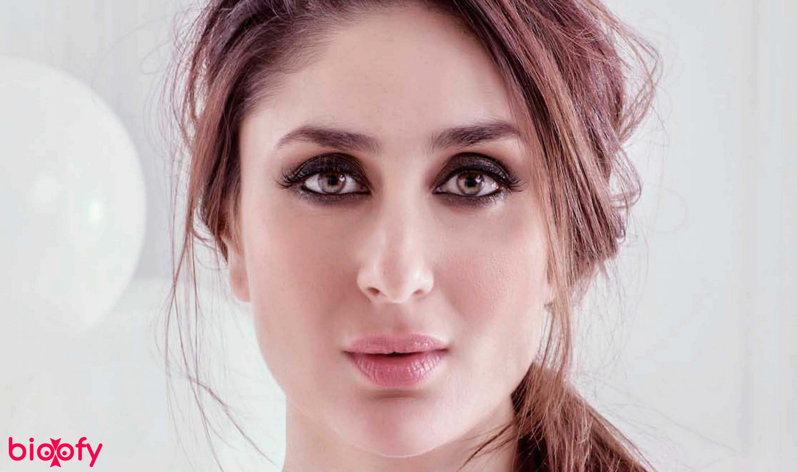 Kareena Kapoor Biography Wiki Age Family Love Figure And More Bioofy