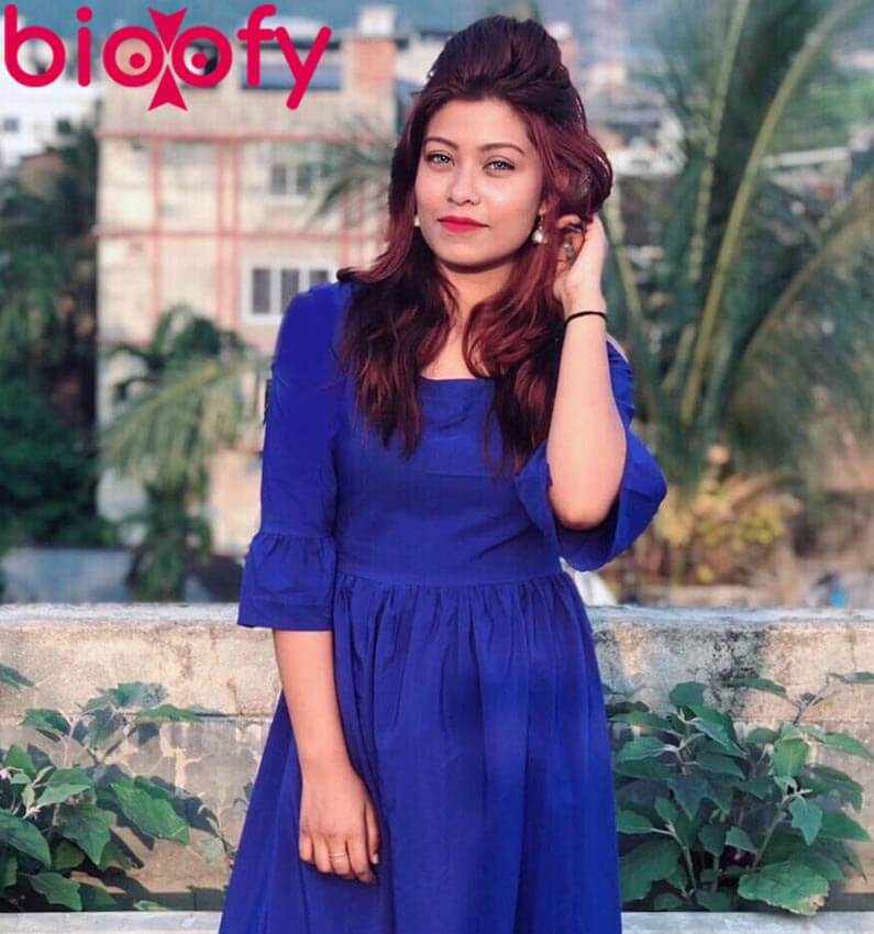 Riza Afreen blue