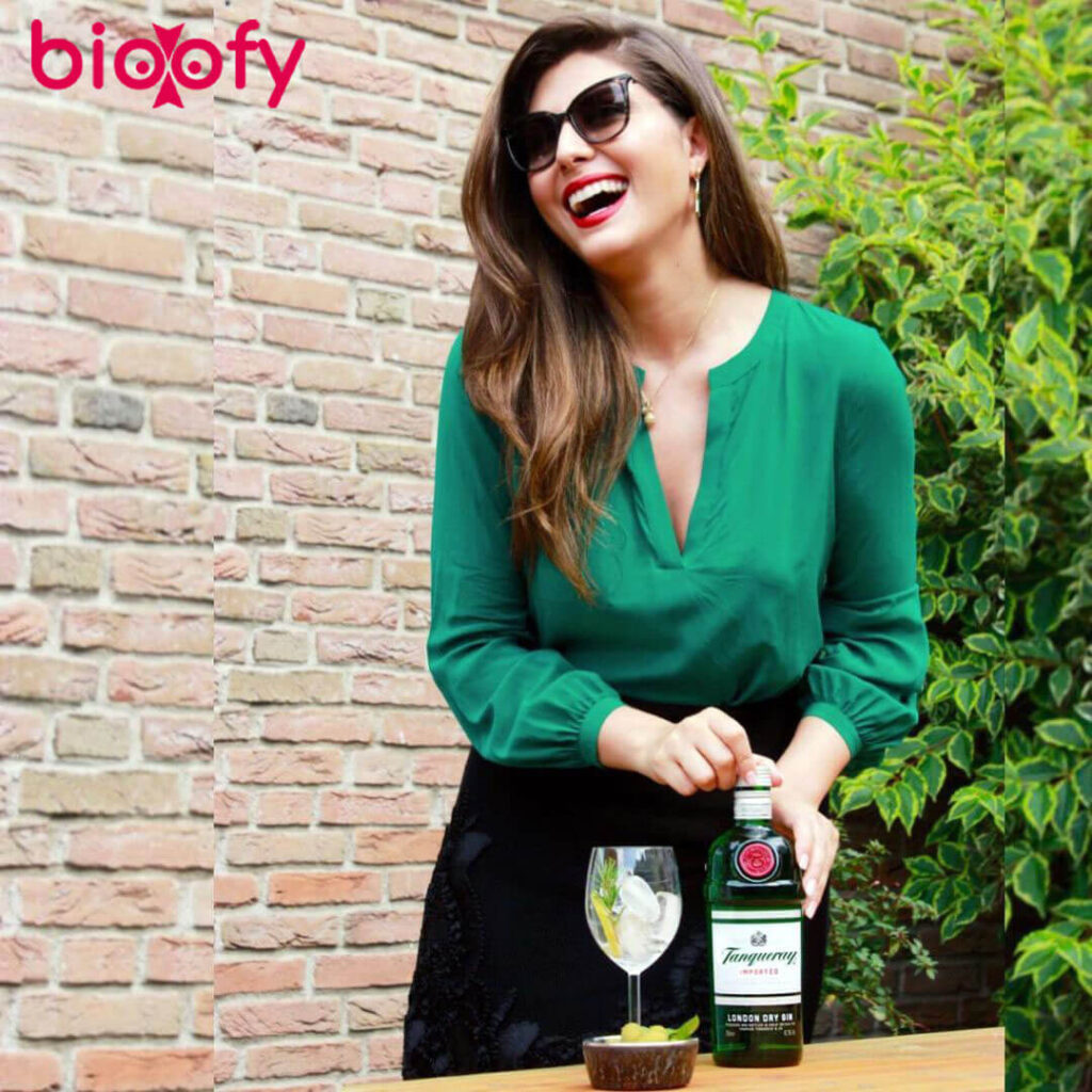 Elnaaz Norouzi bioofy